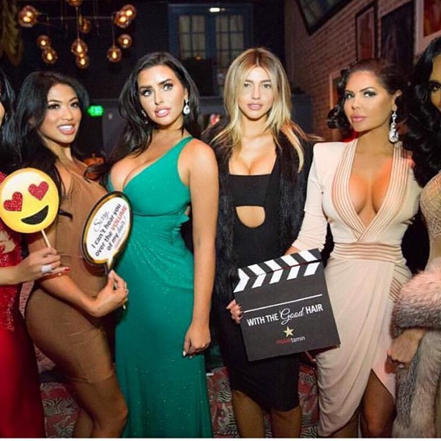 Pretty sure I was looking at @liverichmedia 's camera 😂😂 🎬 @lillyghalichi & @leylamilani 's Old Hollywood event was so fun! 🙌🏼 They killed it ✅ with @monicalsims @jessicacribbon and #MichelleNeedsAnInstagramAsap 👸🏻