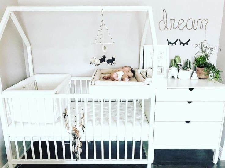 The compact nursery solution that grows with your baby Learn more about the Stokke Home #Nursery collection : @nikkiehoang