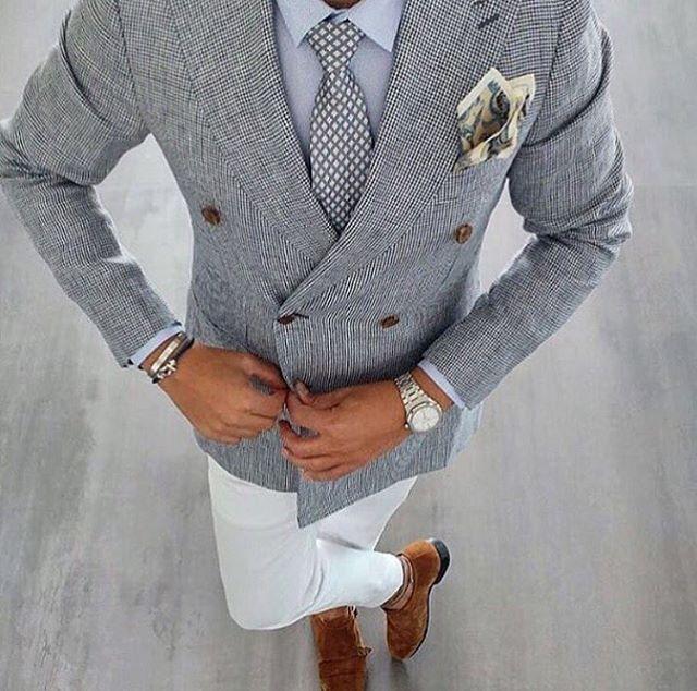 Sharp..  || #dandy  #suitup #kostuum #gentleman #herenkleding #fashion #formalwear #menswear #menstyle #mensfashion #inspiratie #driedelig #mannenstyle #dapper #streetwear #streetstyle #streetfashion #casualwear #casualchic #mannenstyle