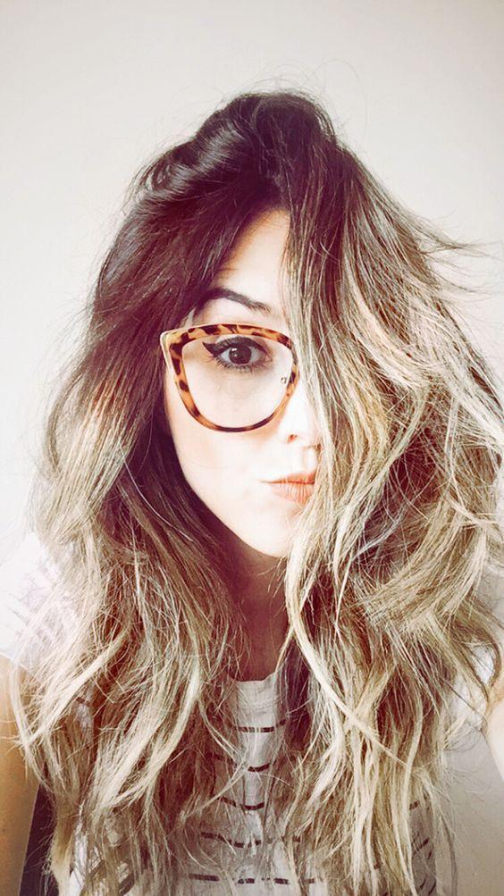 13b594b45f308 Fotos tumblr usando óculos de grau   Girls   Pinterest   Selfie ...