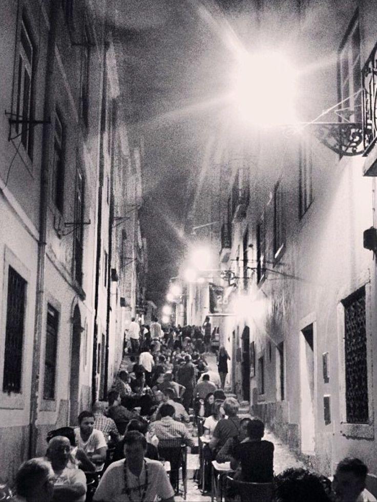 Lisboa a noite - Bairro Alto
