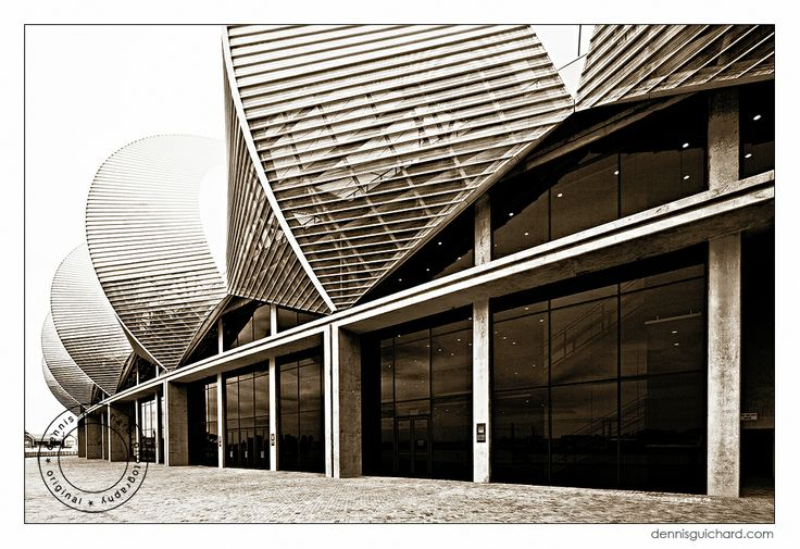 Nelson Mandela Bay Stadium, Port Elizabeth, by Dennis Guichard (dennisguichard.com)