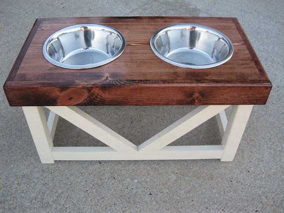 Large Dog - Food & Water Stand