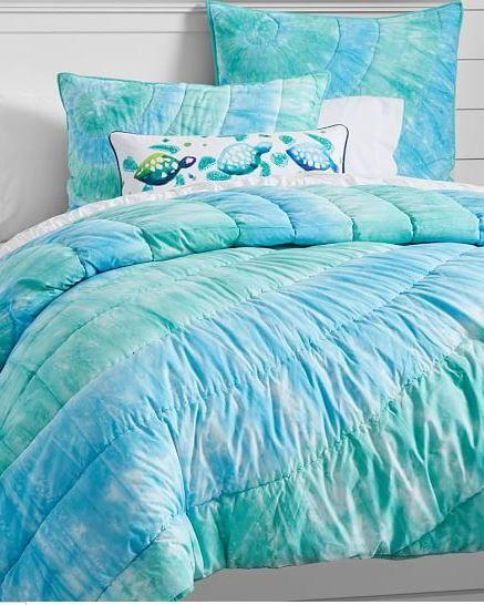 Dorm Decor by Style -- Beach Bedding