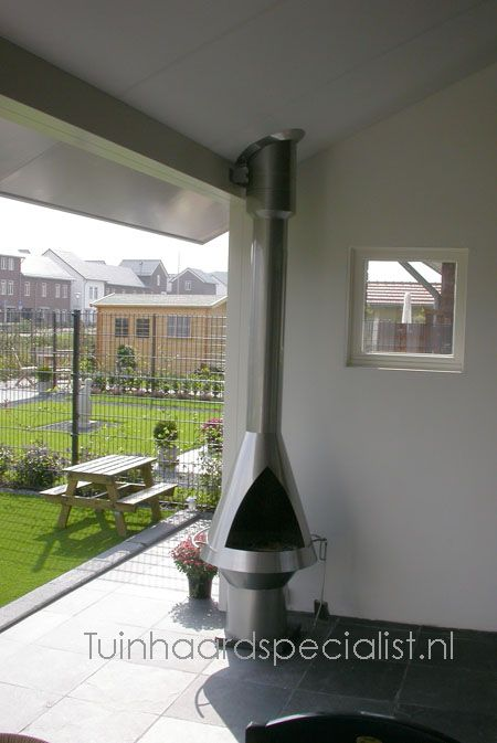 Bula RVS Buitenhaard gemaakt van RVS / inox. Leuk voor onder een afdak of los in de tuin. Trek als een lier.