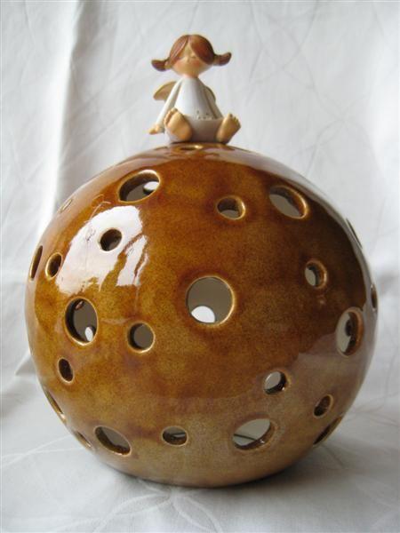 Keramik Kugel Löcher Licht Engel Schutzengel Glasur Congac Braun Botz