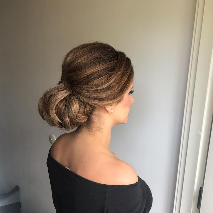 �� #hairstyle#hairstyling#hair#updo#hairupdo#wedding#girl#bride#bridesmaids#party#fashion#mode#styling#evening#color#inspiration#photo#picture#beauty#fabulous#classy#lockar#waves#fest#brud#foto#stockholm#sweden#mariahairstyles#hudabeauty http://gelinshop.com/ipost/1523323024877996120/?code=BUj7jhgBshY