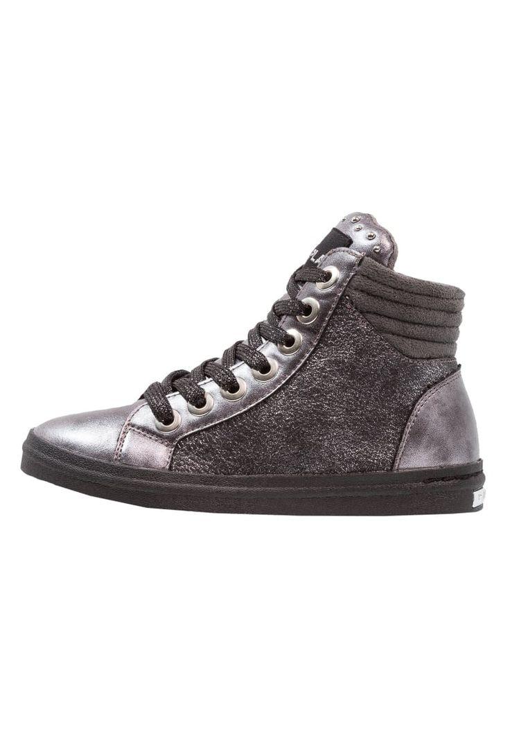 ¡Consigue este tipo de zapatillas altas de Replay ahora! Haz clic para ver los detalles. Envíos gratis a toda España. Replay Zapatillas altas grey: Replay Zapatillas altas grey Zapatos   | Material exterior: piel de imitación/tela, Material interior: tela, Suela: fibra sintética, Plantilla: tela | Zapatos ¡Haz tu pedido   y disfruta de gastos de enví-o gratuitos! (zapatillas altas, high, high-tops, high top, alta, bota, bota, botas, boot, boots, hohe sneakers, tenis altos, chaussure à...