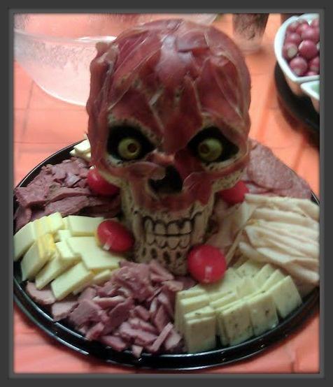 Meat head platter plastic skull got mine target thin for Cuisine halloween