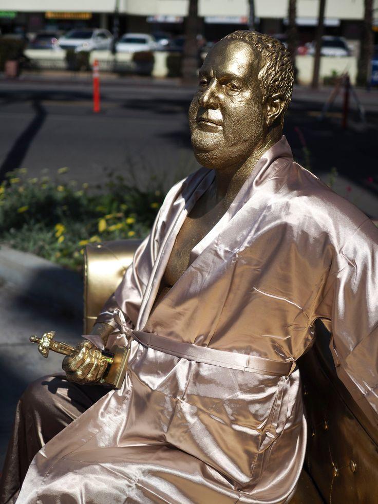 Ο Χάρβεϊ Γουάινστιν δεν παρευρέθηκε στη φετινή 90η τελετή των Όσκαρ, όπως ήταν αναμενόμενο, αλλά η παρουσία του κινηματογραφικού παραγωγού συνεχίζει να είναι αισθητή στο Χόλιγουντ. Ο καλλιτέχνης το…