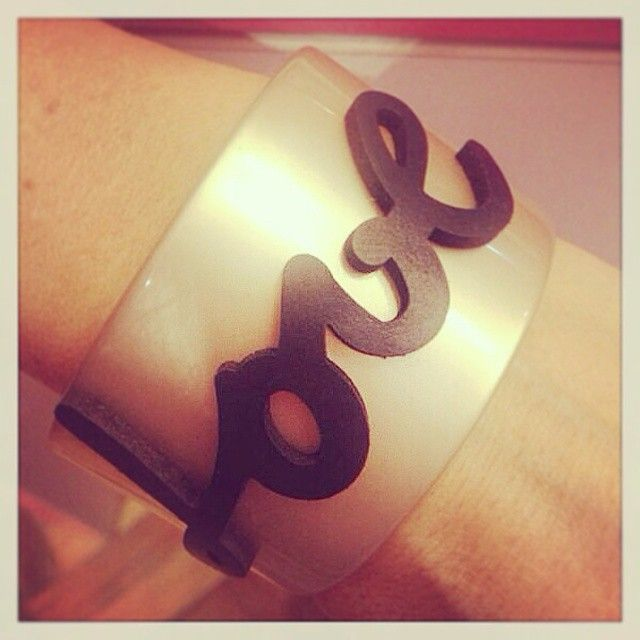 Cuff bracelet, love, pelle, leather, made in Italy, moda italiana, made in Italy, rosa velvet shop on line, boutique, Italy, bijoux, bracciale