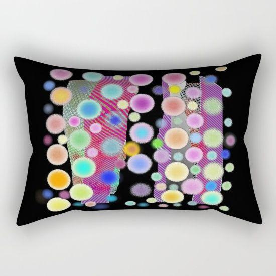 https://society6.com/product/chemin-de-bulles-sur-noir_rectangular-pillow?curator=boutiquezia