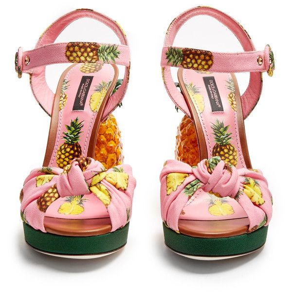 Dolce & Gabbana Pineapple-heel sandals (€1.870) ❤ liked on Polyvore featuring shoes, sandals, crepes shoes, dolce gabbana shoes, pink sandals, pink heeled sandals and pineapple print shoes