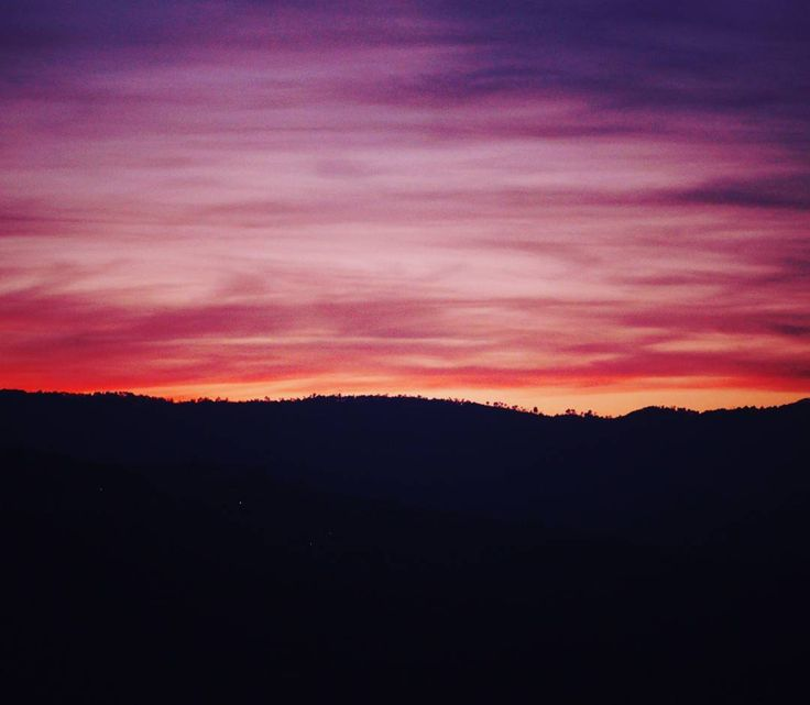 An ultimate glory of Nature. The evening view from Shyalidhar Almora.  #Kedygraphy #landscape #scenery #beautiful #nature #photography #like4like #followme #monday #sky #skyview #color #naturecolours #colorsofnature #skycolors #hills #beauty #pink #blue #red #green #evening #sunset #uttarakhand_photography #throwback #instalike #instanature #travelers_of_india