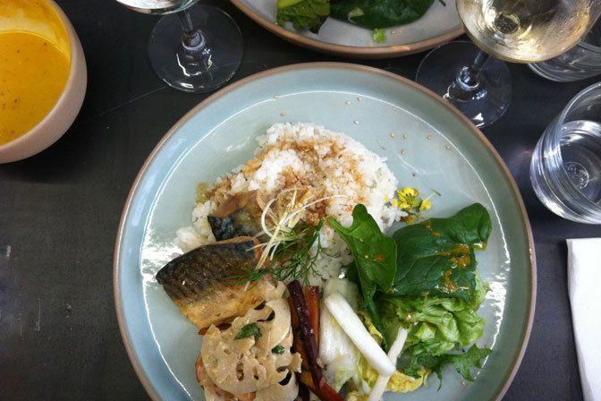 Restaurant Le Verre Volé sur Mer, 53, rue de Lancry Paris 75010. Envie : Poissons et fruits de mer, Bar à vins et cave à manger. Les plus : Ouvert ...
