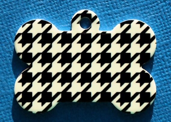 I love this!Houndstooth Pets, Houndstooth Tags, Pets Tags, Bones Custom, Rolls Tide, Custom Pets, Bones Pets, Dogs Tags, Houndstooth Bones