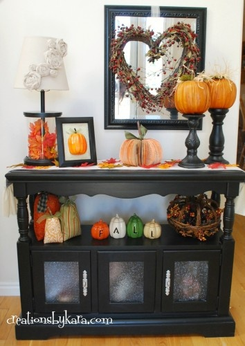 Love the pumpkins sitting on the candle holders.Tables Fall, Decor Ideas, Fall Table, Candle Holders, Candles Holders, Hall Tables, Fall Decorations, Entry Hall, Fall Entry Tables