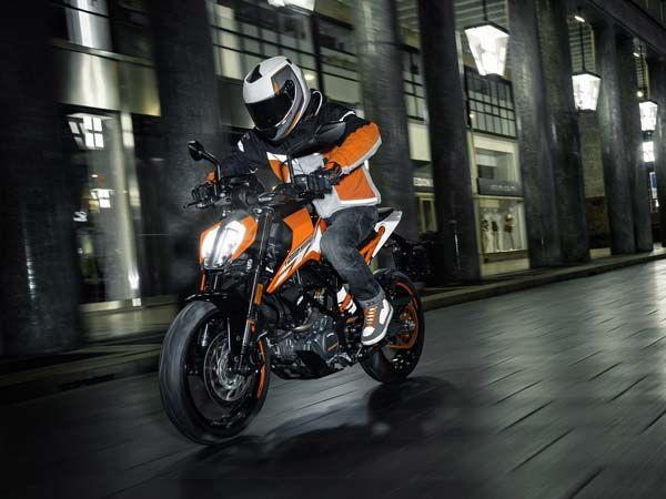 2016 EICMA Motorcycle Show: KTM Duke 125 Is A Perfect Pocket Rocket