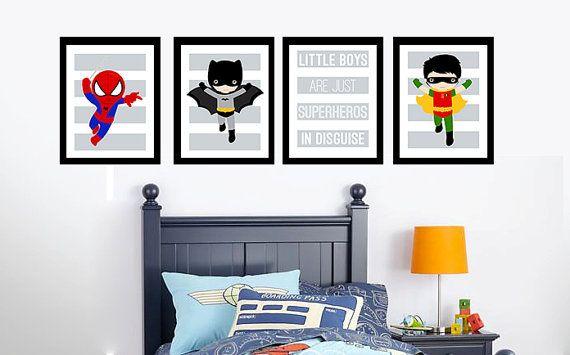 Little Boys room Decor - kunst - afdrukbare Poster - Instant Download - Spider Man, Batman, jongetjes zijn gewoon superhelden in vermomming  Grijs gestreepte - kleine jongens decor - hoge resolutie afdrukbare PNG-bestanden. U krijgt alle vier van deze posters - digitale bestand slechts (geen fysieke item is).  De prints zijn elke 8.5 x 11 op 300 dpi - elke afzonderlijke bestanden, dus als u niet als u kan gewoon niet gebruiken. Ik heb ook andere superheros dus laat me weten of u een speciaal…