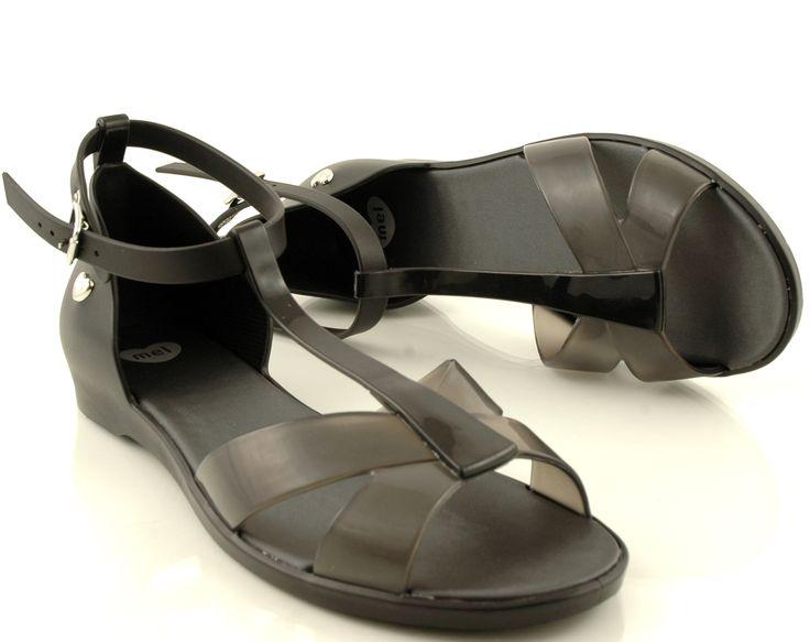 http://zebra-buty.pl/model/5181-sandalki-mel-31541-dance-black-2051-132