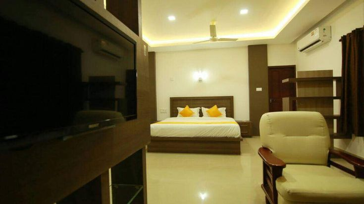 Book Rak Villa for your excellent stay on your tourism at Kochi. For more information, visit our website