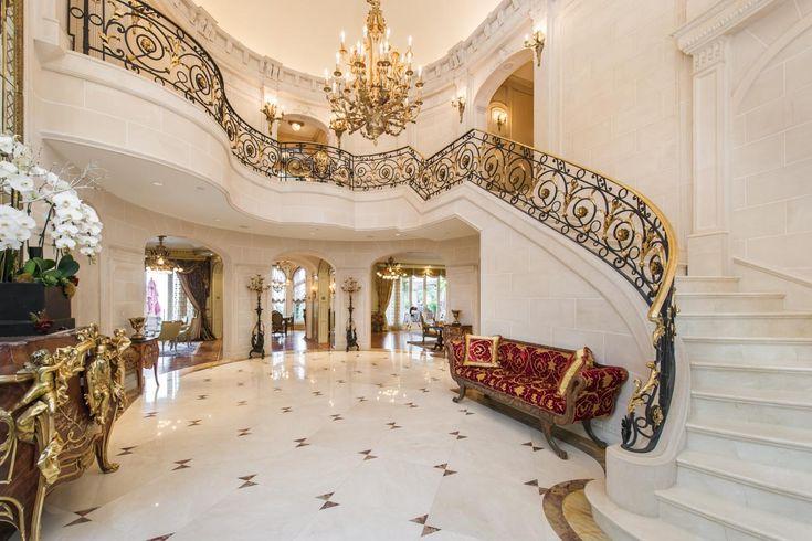 Tour A European Style Villa With A Palatial Pool Hgtv