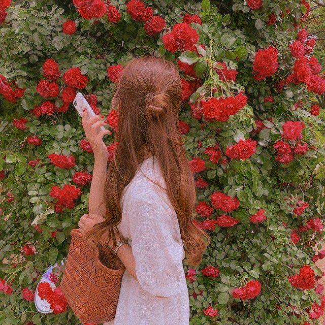 10 Korean Lightroom Mobile Presets Aesthetic Preset Grain Photo Instagram Blogger Filter Iphone Presets Mobile Presets Dng In 2021 Girl Photography Girl Photography Poses Ulzzang Girl