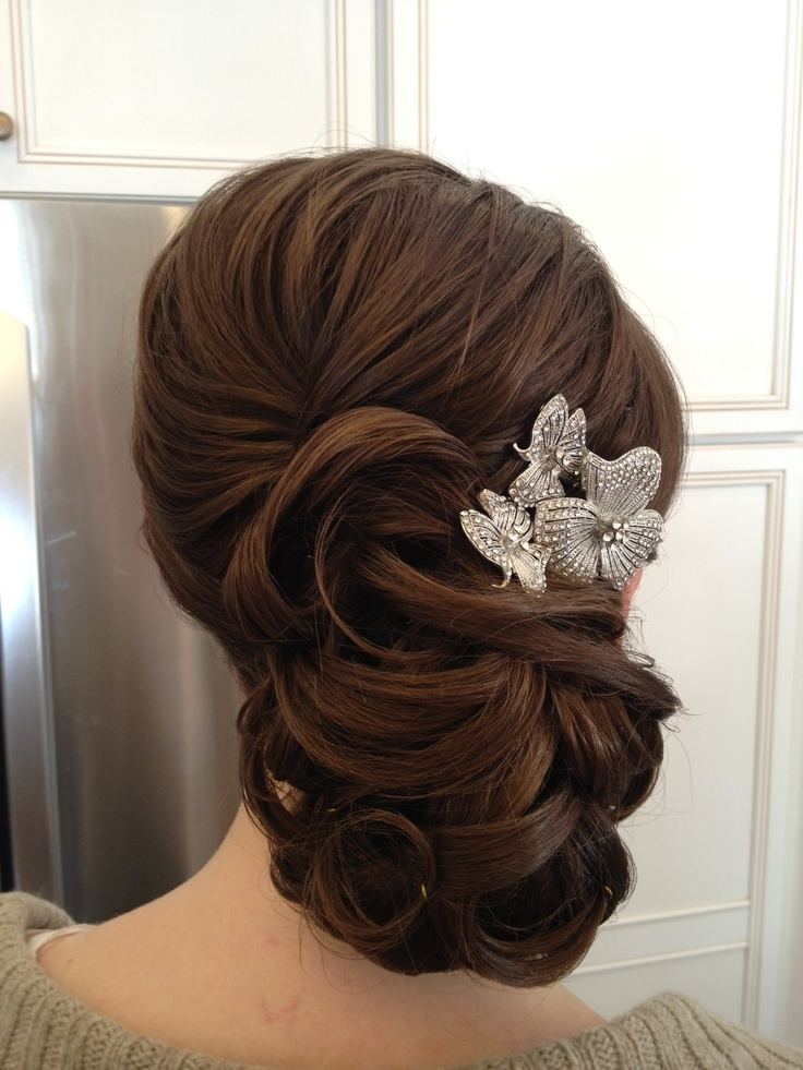 beautiful bride hair