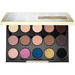 The Gwen Stefani Urban Decay Eyeshadow Palette is on sale! Get it for only $25.00 while you can. #limitededition