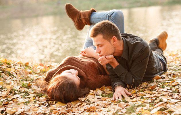 Ideias de tópicos interessantes para estimular a conversação entre o casal.