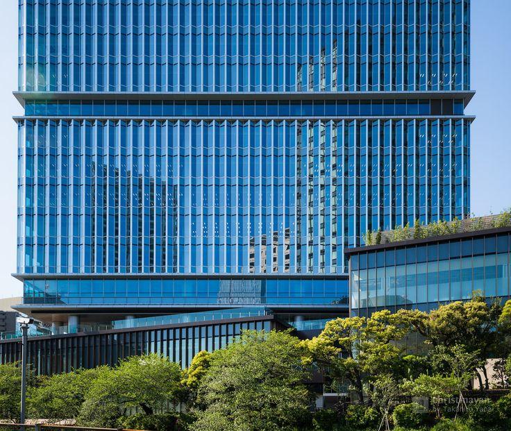 Tokyo Garden Terrace Kioicho, Kioi Tower (東京ガーデンテラス紀尾井町 紀尾井タワー). /  Designed : Kohn Pedersen Fox Associates (外装デザイン:コーン・ペダーセン・フォックス). /  Architect : Nikken Sekkei (設計:日建設計).