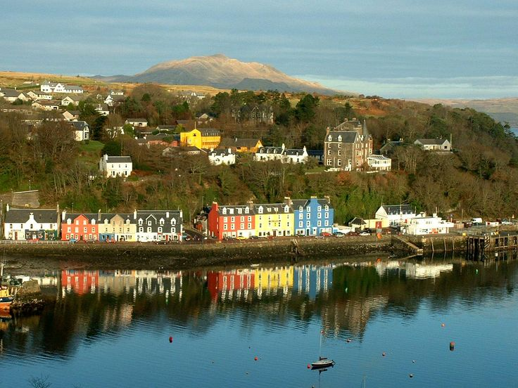 Tobermory in Autumn. If we are blessed with a sunny day, this is how the Tobermory area might look when we're there next year in early October.