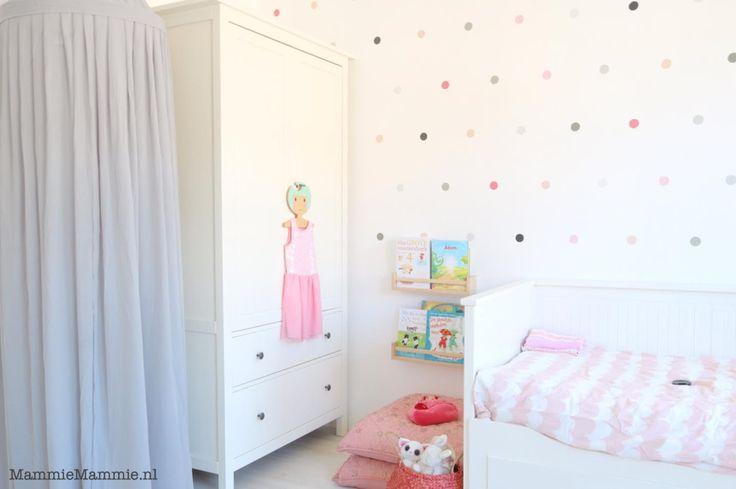 meisjes kamer roze, wit en grijs