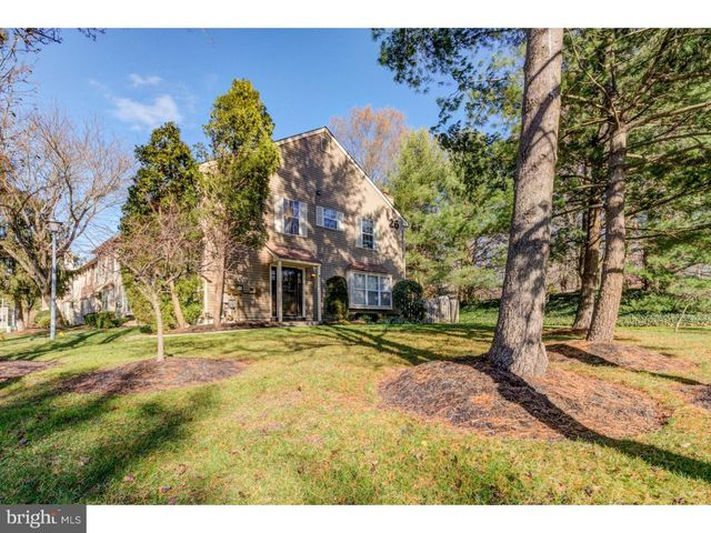 Check Out This Home I Found On Realtor Com Follow Realtor Com On Pinterest Https Pinterest Com Realtordotcom Mount Laurel Fountain Laurel