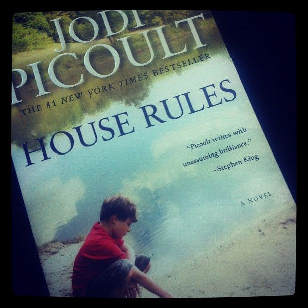 love Jodi Picoult.
