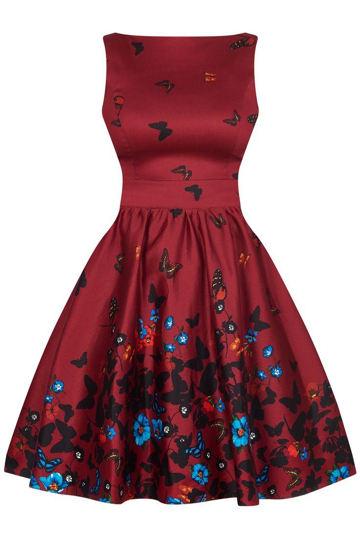 Šaty Lady V London Wine Butterfly Border Tea Nádherné šaty z limitované edice londýnské módní dílny Lady V London. Jedinečné šaty s výrazným vzorem vhodné na svatby, večírky nebo běžné dny, jak si kdo bude přát. Vínový podklad s barevnou paletou motýlů a květin, velmi příjemný pružný materiál (97% bavlna, 3% elastan), pohodlný střih s lodičkovým výstřihem, vzadu lehce vykrojené se zapínáním na zip a vázačkou zajistí skvělé přilnutí k vaší postavě.