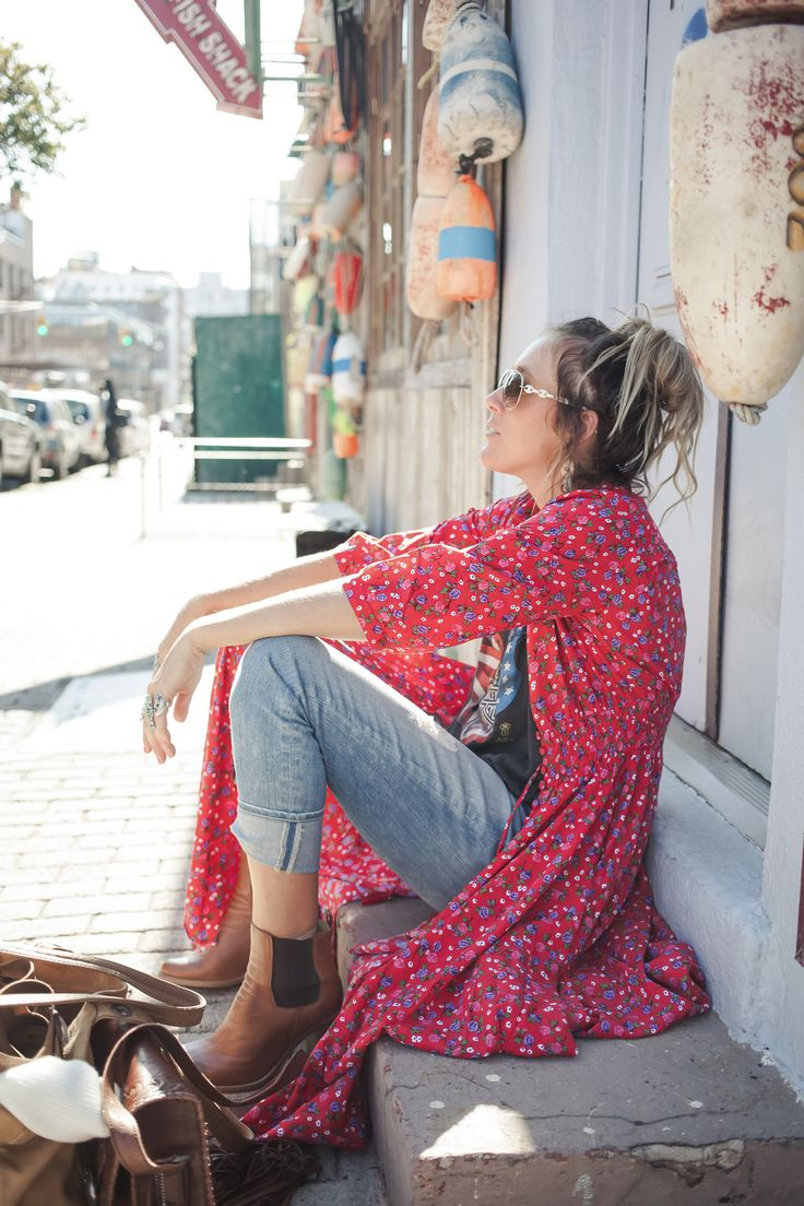 Carefree gypsy look of floral kimono boho chic. Modern hippie leather back pack. For the best BOHEMIAN fashion style FOLLOW https://www.pinterest.com/happygolicky/the-best-boho-chic-fashion-bohemian-jewelry-gypsy-/ now.