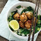 Een heerlijk recept: Rijst met teriyaki kipgehaktballetjes en paksoi