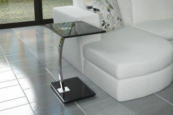Βοηθητικό τραπεζάκι STORM γυαλί με inox πόδι. Διάσταση: 48x32x58cm Διαθέσιμο σε μαύρο, λευκό και κόκκινο. www.tiniakos.gr