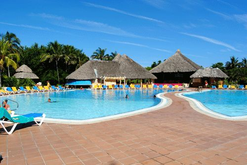 Hotel Tuxpan in Varadero is approx. 20 min. from airport and 5 min. from Varadero. This great beachfront location for a modern, stylish all inclusive hotel has great all inclusive amenities and friendly, welcoming staff.