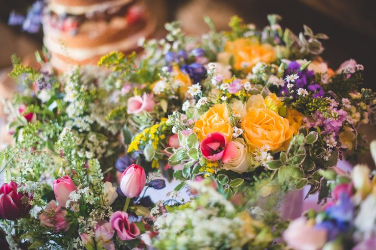 Early summer wedding flowers - Dave Watts photography