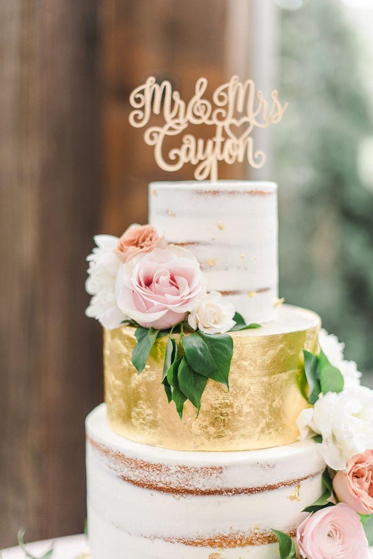 Wie man eine Hochzeit in Erröten und Elfenbein auf der Calamigos Ranch hat   – Hochzeitstorte