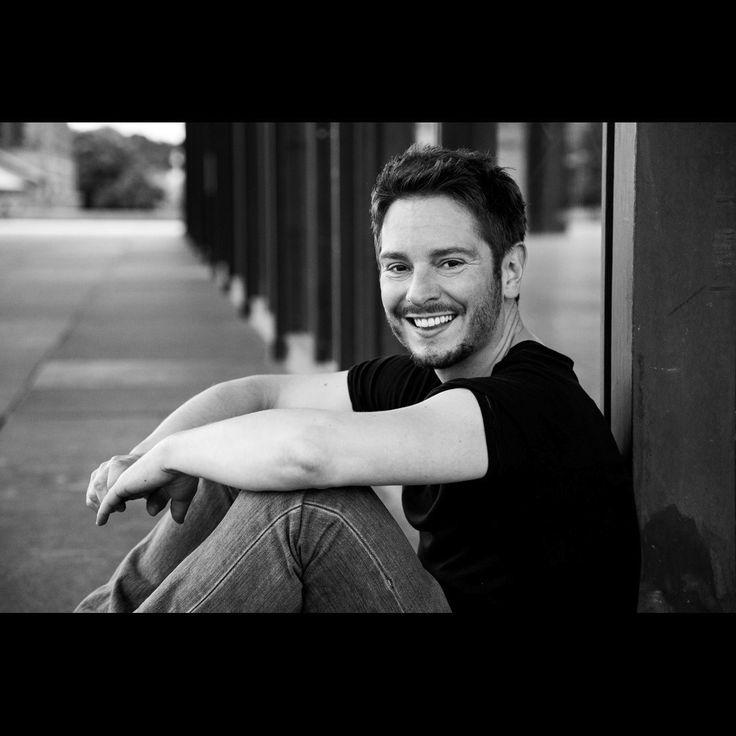 Fischer & Partner - Schauspielagentur Berlin - Schauspieler Michael Baral