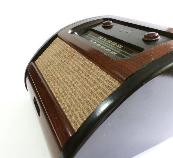 Vintage Philco Radio Phonograph Record Player by ...   570 x 522 jpeg 38kB