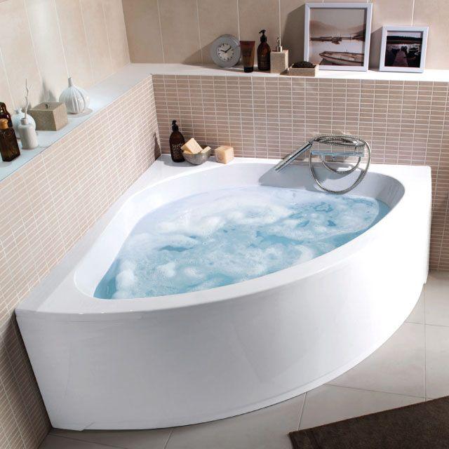 Baignoire d 39 angle 135 x 135 cm noum a castorama salle for Salle de bain 6000 euros