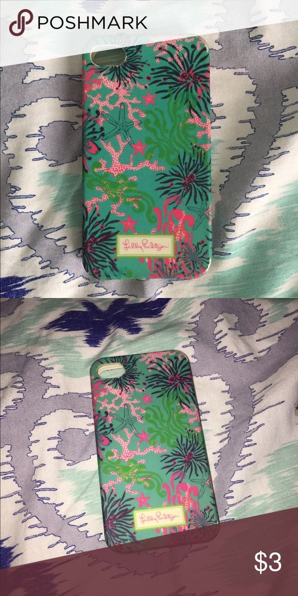 Lilly Pulitzer IPhone 4 case Used and super cheap! Still usable and has a great pattern. Lilly Pulitzer Accessories Phone Cases