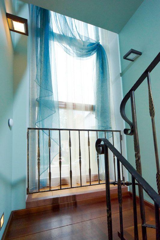 Дом в Купавне #curtains #шторы #шторыдлядома #шторыдляквартиры #декорокна #дизайнокна #текстильныйдекор #шторыдлягостиной #гостиная