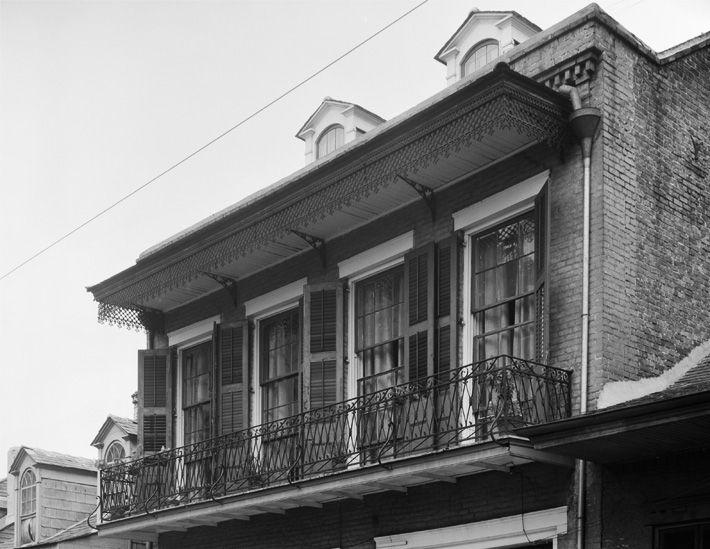 Orlando Wrought Iron Balcony Railing: 25+ Best Ideas About Iron Balcony On Pinterest