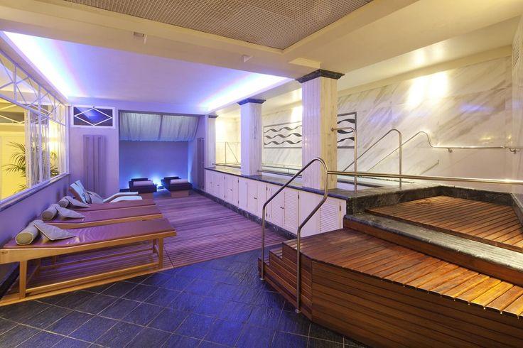 Toscana, Forte dei Marmi, Hotel Villa Undulna**** - Elegante Hotel situato a soli 150 m circa dalla spiaggia di sabbia, dotato di centro termale e situato sulla costa toscana. #benessere #salute #toscana #italia #wellness #spa #terme