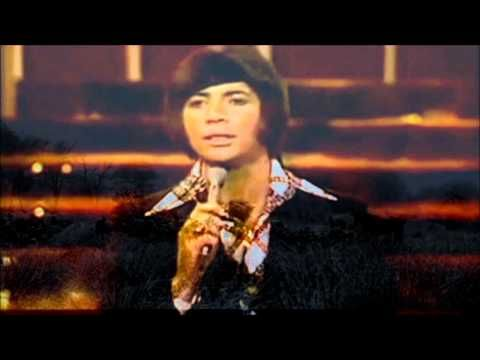 BOBBY GOLDSBORO - HONEY. I used to play this song at the cafe at Crystal Bowl in Tulsa, OK.